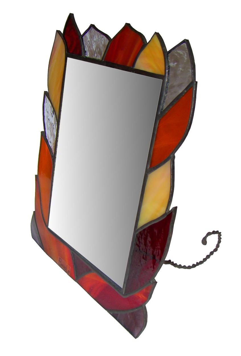 lusterko Ciepłe spojrzenie kolekcja Ogień tiffany Basole