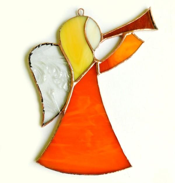 Anioł z trąbką pomarańczowy, tiffany. BasoLe