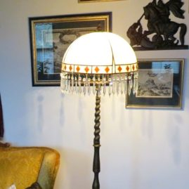 Karmelowy klosz, lampa styl Art Deco