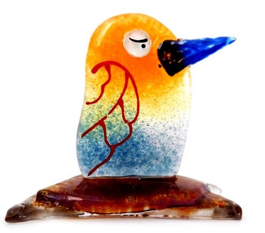 Ptaszek Tęczowik. Statuetka ze szkła artystycznego.